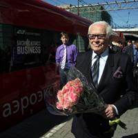 Renowned Fashion Designer Pierre Cardin Travels on Aeroexpress
